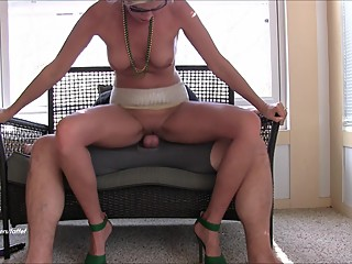 Horny mom goes WILD! Mega squirting..